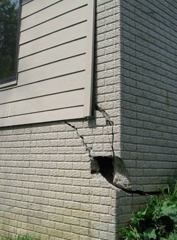severe cracking of structural walls in La Porte