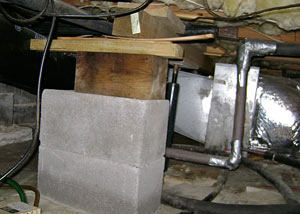 a poorly designed crawl space support system installed in a Huntington home