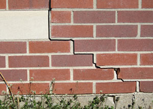 a foundation wall crack on a Schererville home.